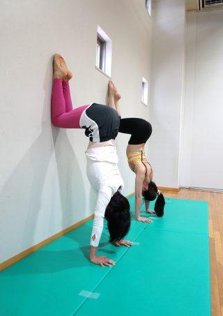 逆立ちトレーニング4